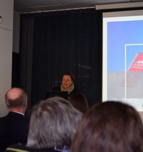 NRW-Umweltministerin Ursula Heinen-Esser machte sich ihr eigenes Bild von der Energieeffiezienz der bilstein group Engineering.